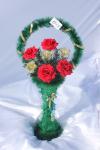 Корзина с розами v40, цвет: красный-золото