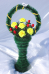 Корзина с розами v33, цвет: желто-красный